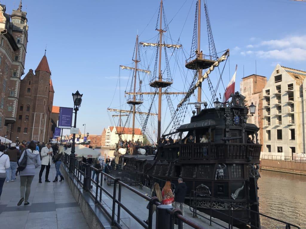 Прогулочный кораблик в Гданьске