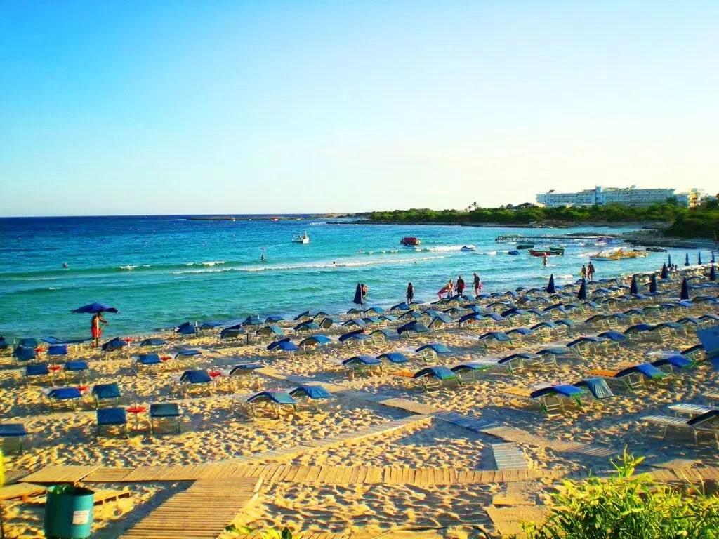 Общий вид пляжа Ланда Бич